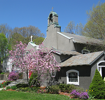 St_-Lukes-in-springtime-tn
